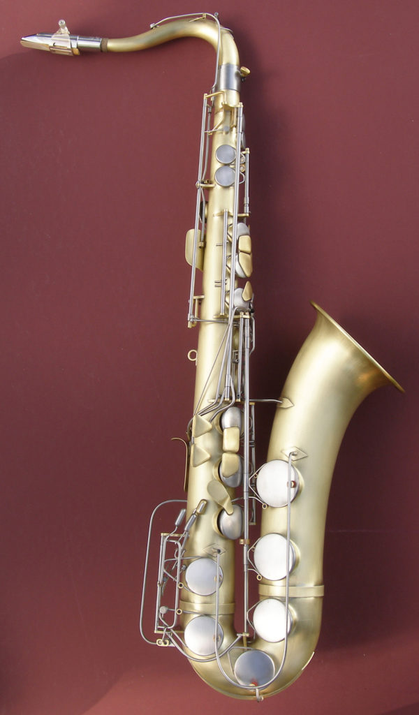 Photo of a Sax with Linear Fingering
